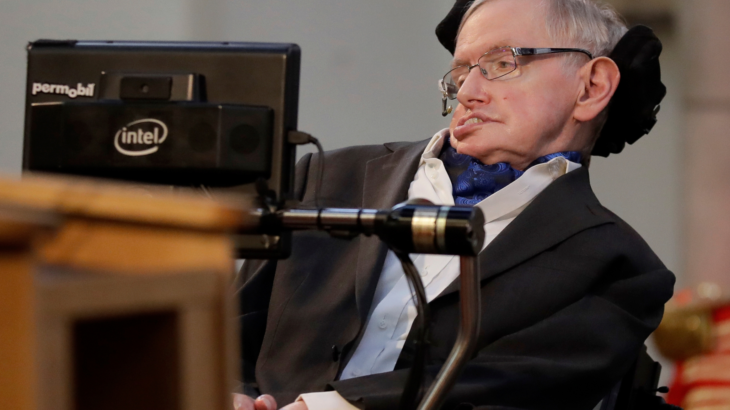Obit_Stephen_Hawking_22948-159532.jpg55700407