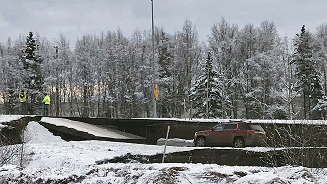 anchorage-earthquake_1543607934775.jpg