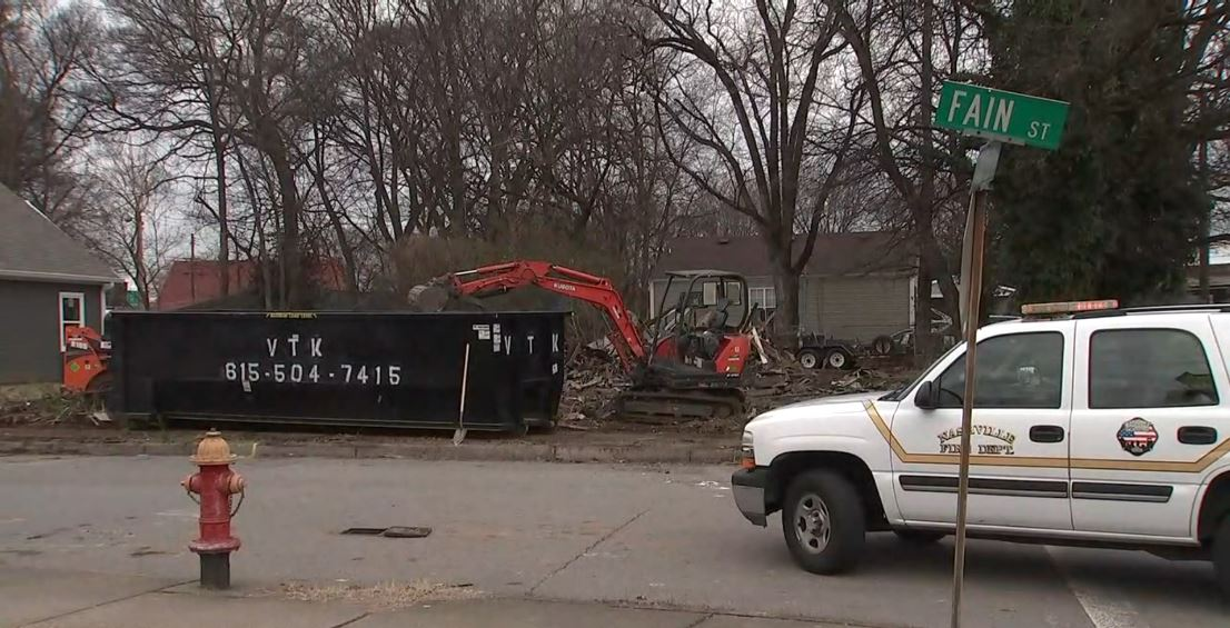 Natural gas line ruptures south of downtown Nashville