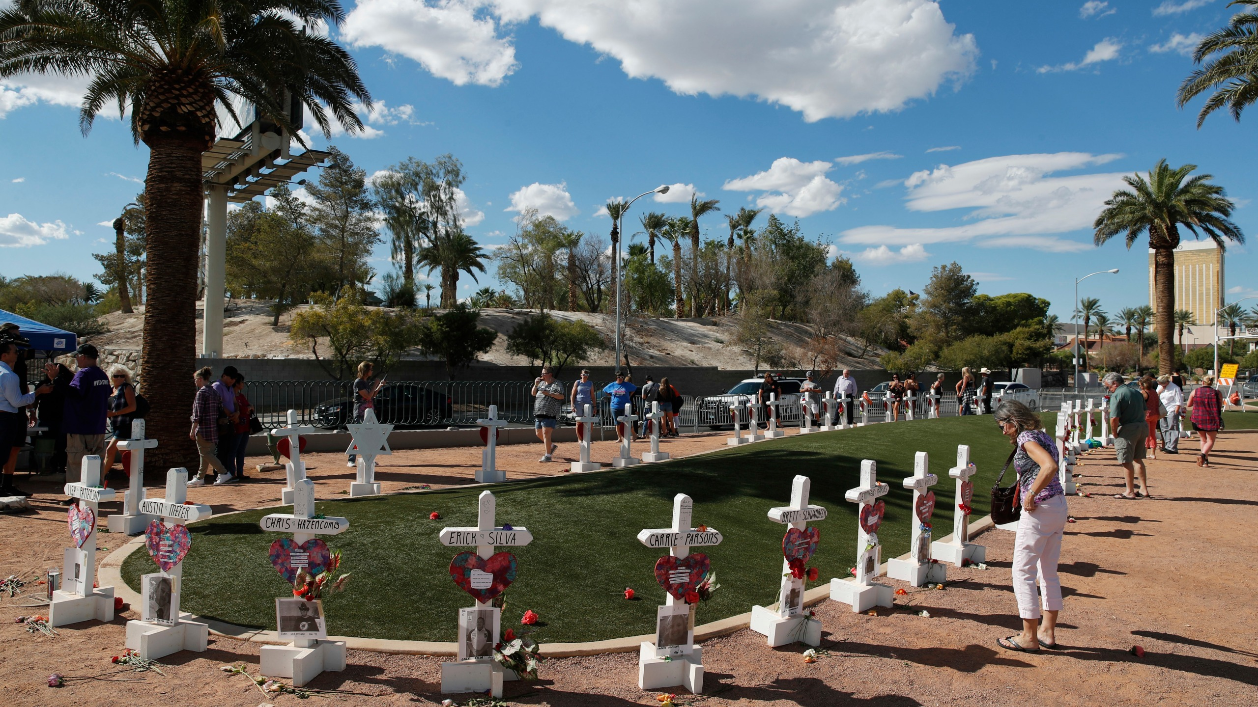 Las_Vegas_Shooting_93330-159532.jpg63912166