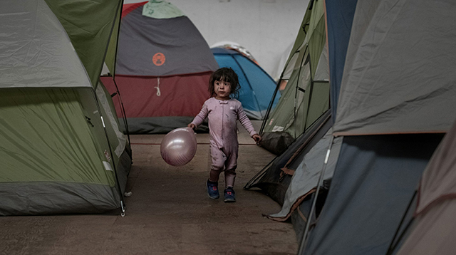migrant child_1548394038635.jpg.jpg