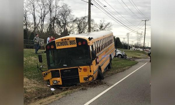 school bus crash Brentwood_1548193586704.jpg.jpg