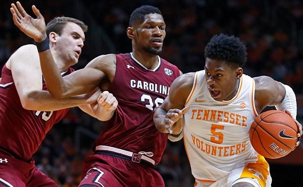 South Carolina Tennessee Basketball_1550130373701