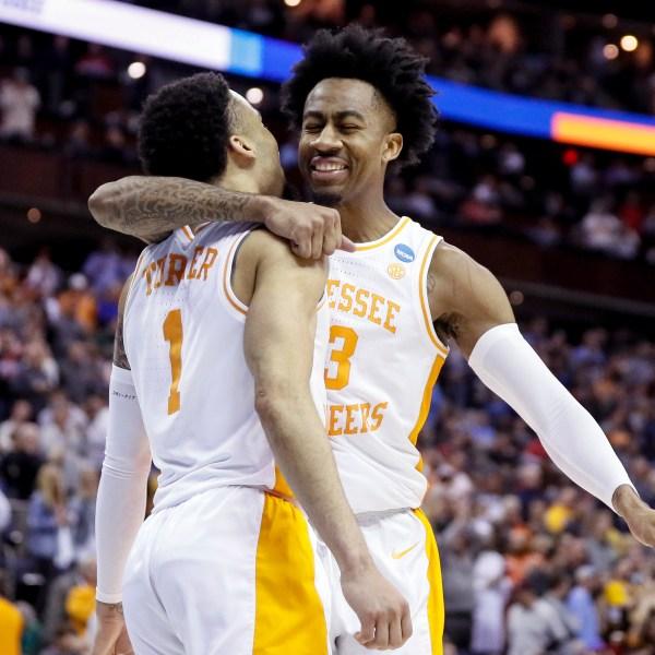 NCAA Tennessee Iowa Basketball_1553458190039