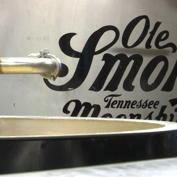 COVER PHOTO_Ole Smoky Tennessee Moonshine_0319_1553052108929.JPG-727168854.jpg