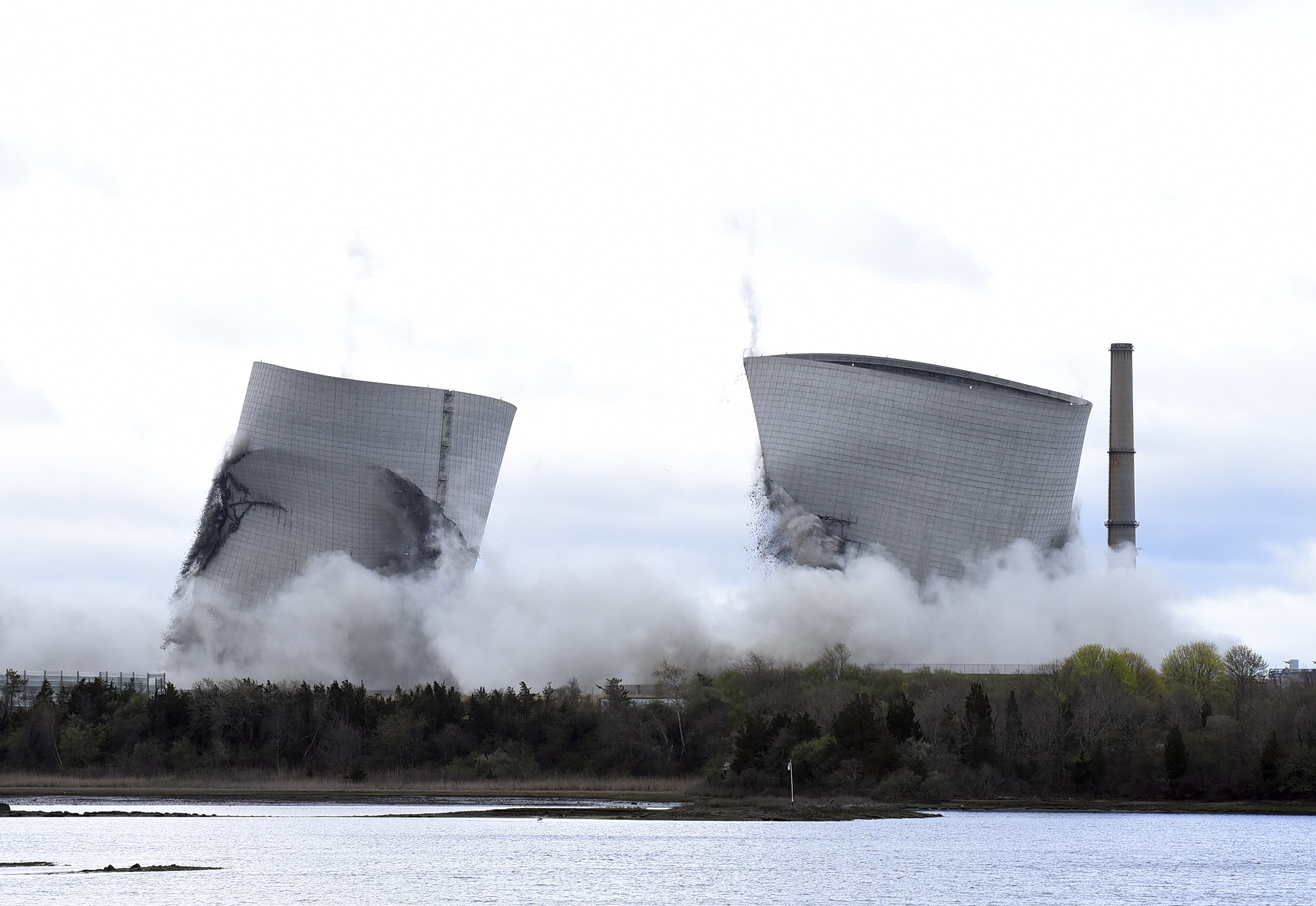 Cooling Towers Demolition_1556395674949