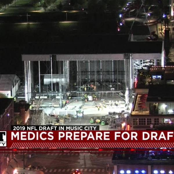 Medics_prepare_for_NFL_Draft_4_20190417033056