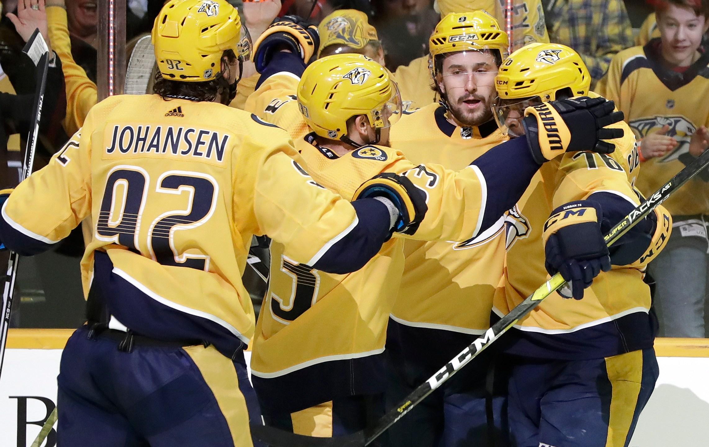Penguins_Predators_Hockey_39908-159532.jpg52281325
