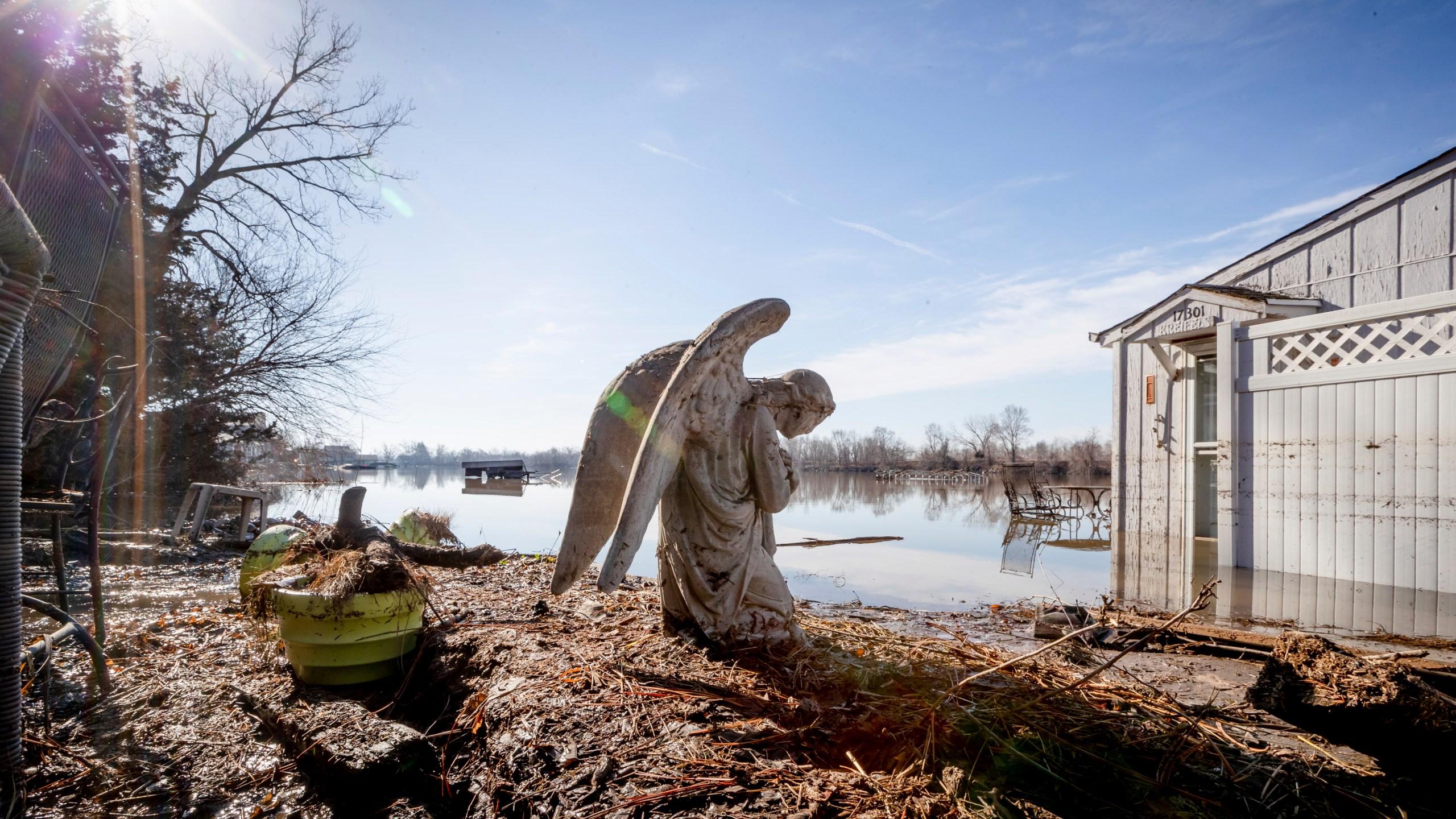 Spring_Flooding_Nebraska_80940-159532.jpg48547606
