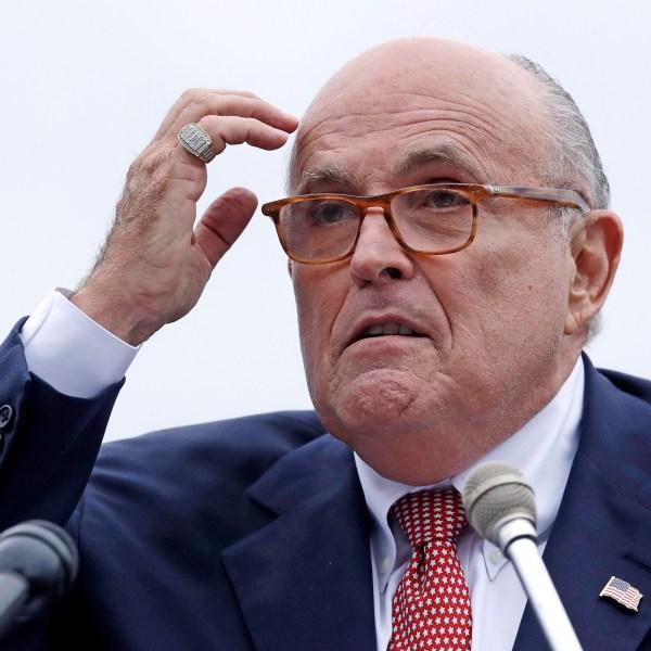 Trump_Russia_Probe_Giuliani's_Role_77268-159532.jpg04223418