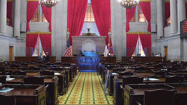 Tennessee lawmakers in session Friday to replace ex-speaker