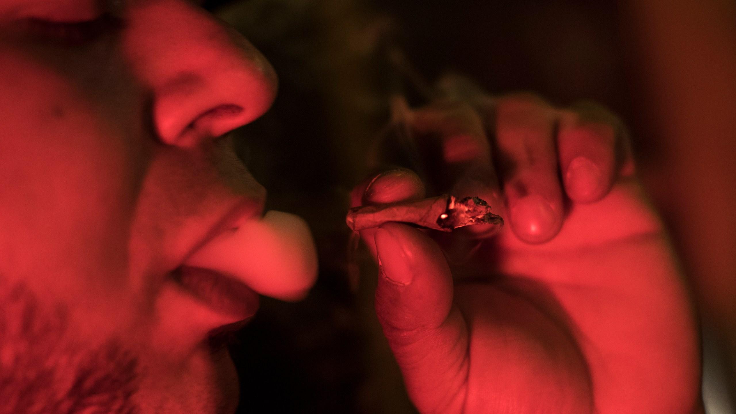 Marijuana and Smoking_1557092036750
