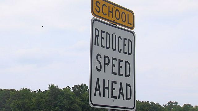 School Zone Sign Generic_286619