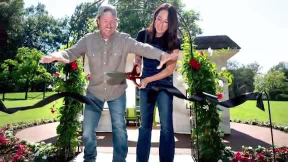 Chip and Joanna Gaines St. Jude donation