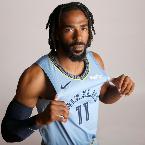 Grizzlies_Jazz_Trade_Basketball_78835-159532.jpg38667099