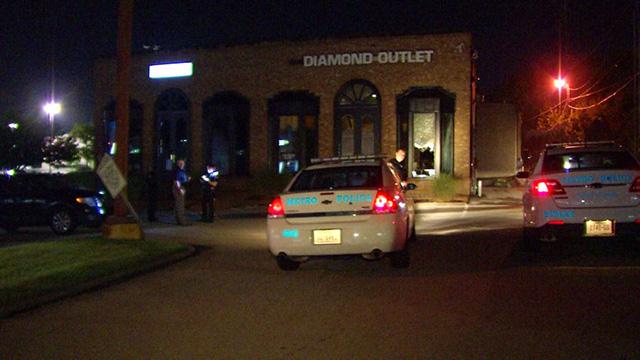 Antioch Diamond Outlet burglary