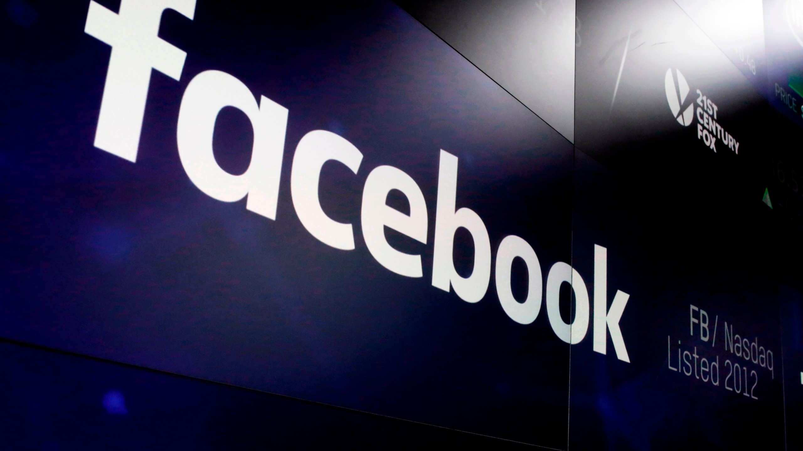 US plans for fake social media run afoul of Facebook rules