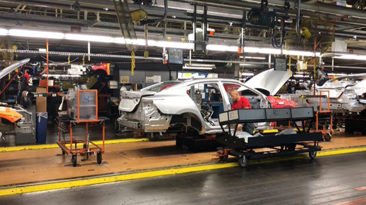 Nissan Plant Smyrna Tn >> Behind The Scenes Nissan Plant Adds Clout To Nashville S