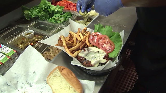 Big deals served up to celebrate National Cheeseburger Day
