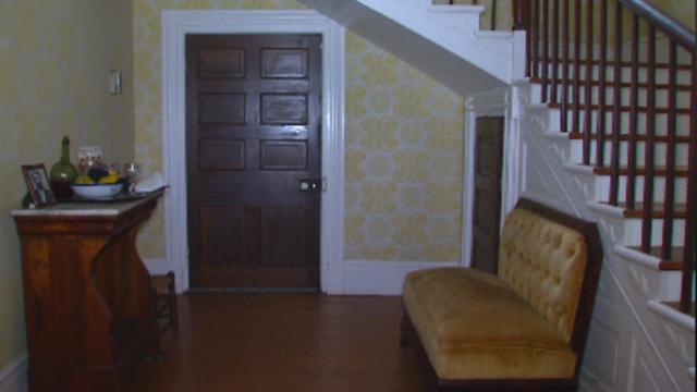 Sam Davis home stairwell