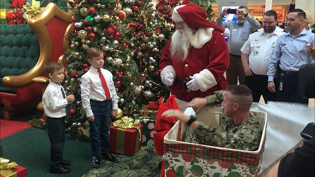 Santa surprise WFLA