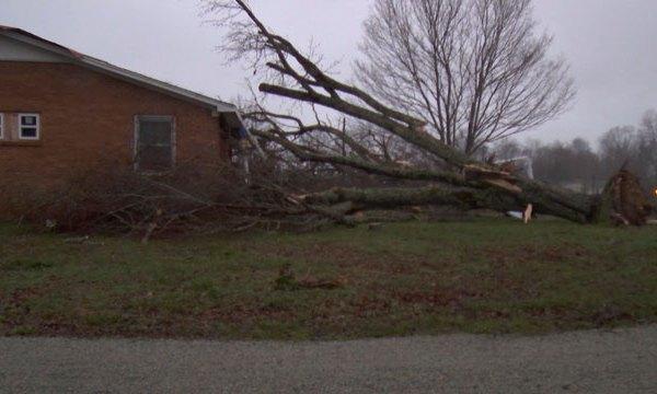 Lawrenceburg wind damage