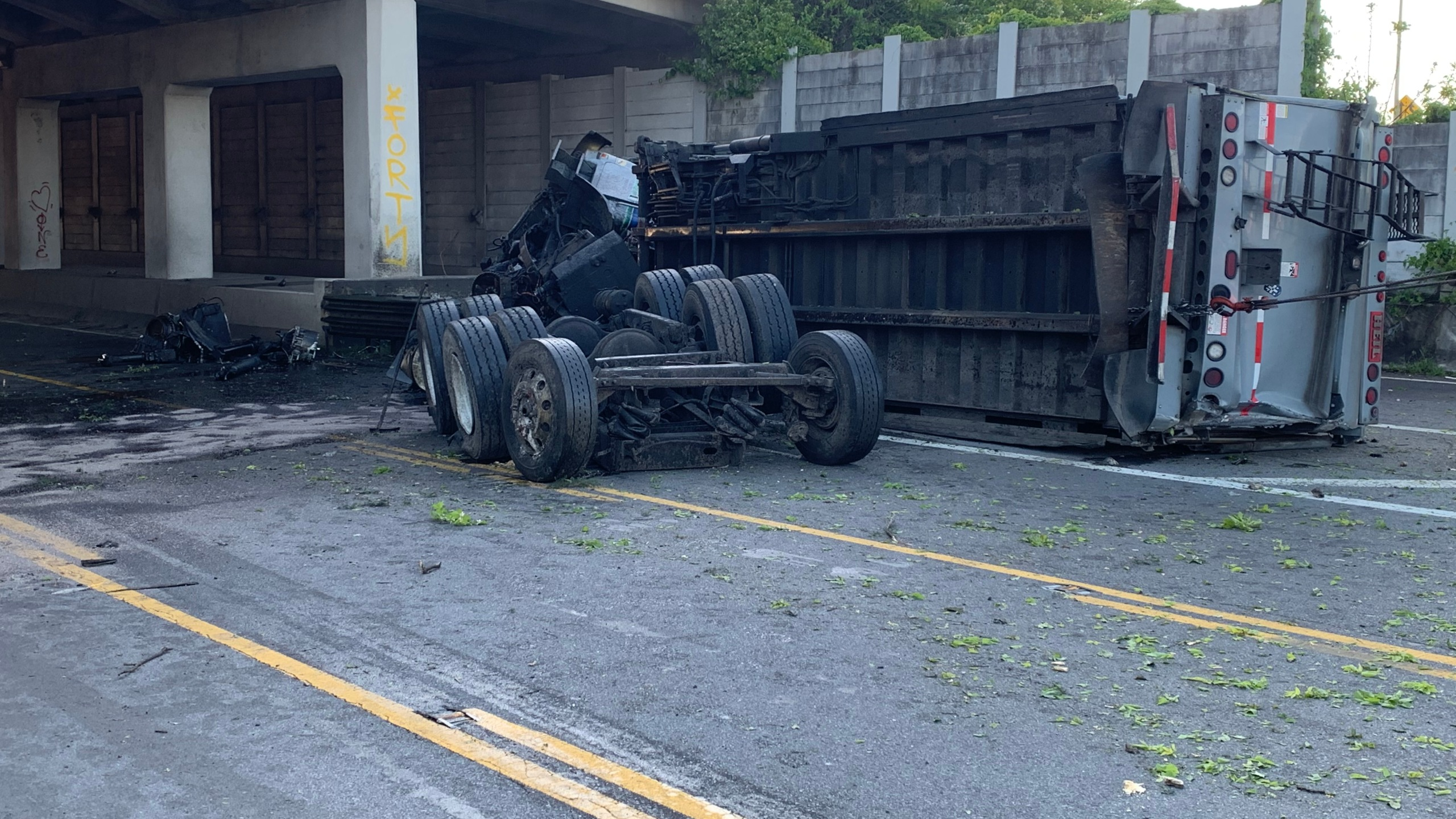 garbage truck falls from I-24 Bell Road