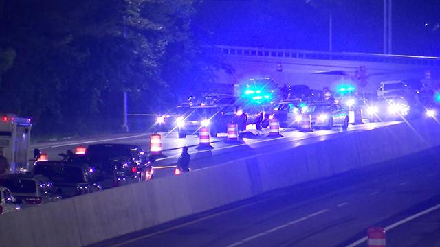 Metro officer shot pursuit I-440