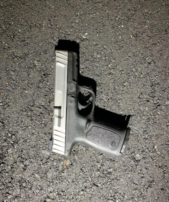 Metro officer shot pursuit I-440 gun William Johnson, Jr.