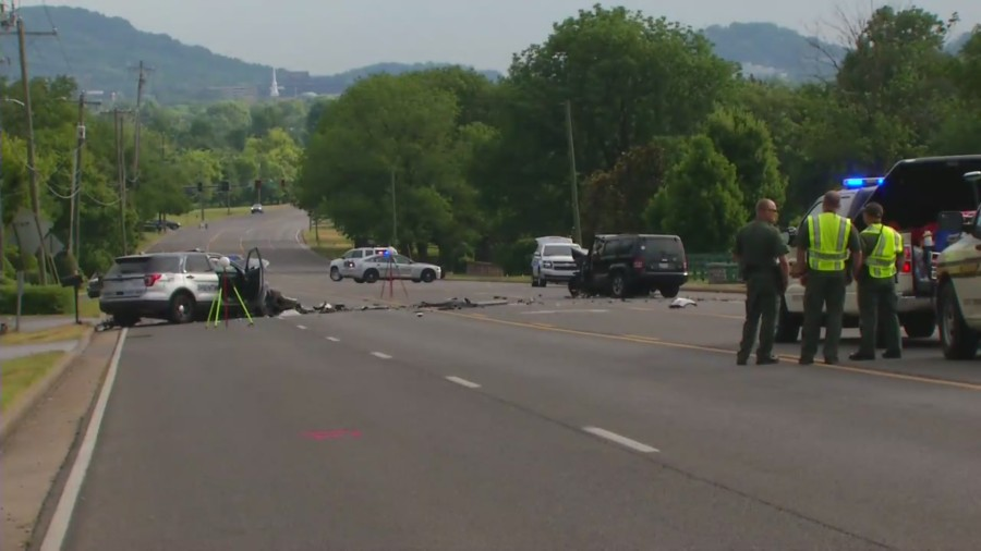 Brentwood oBrentwood officer killed in crashfficer killed in crash