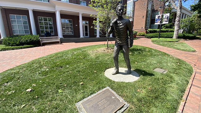 Sam Davis statue at Montgomery Bell Academy