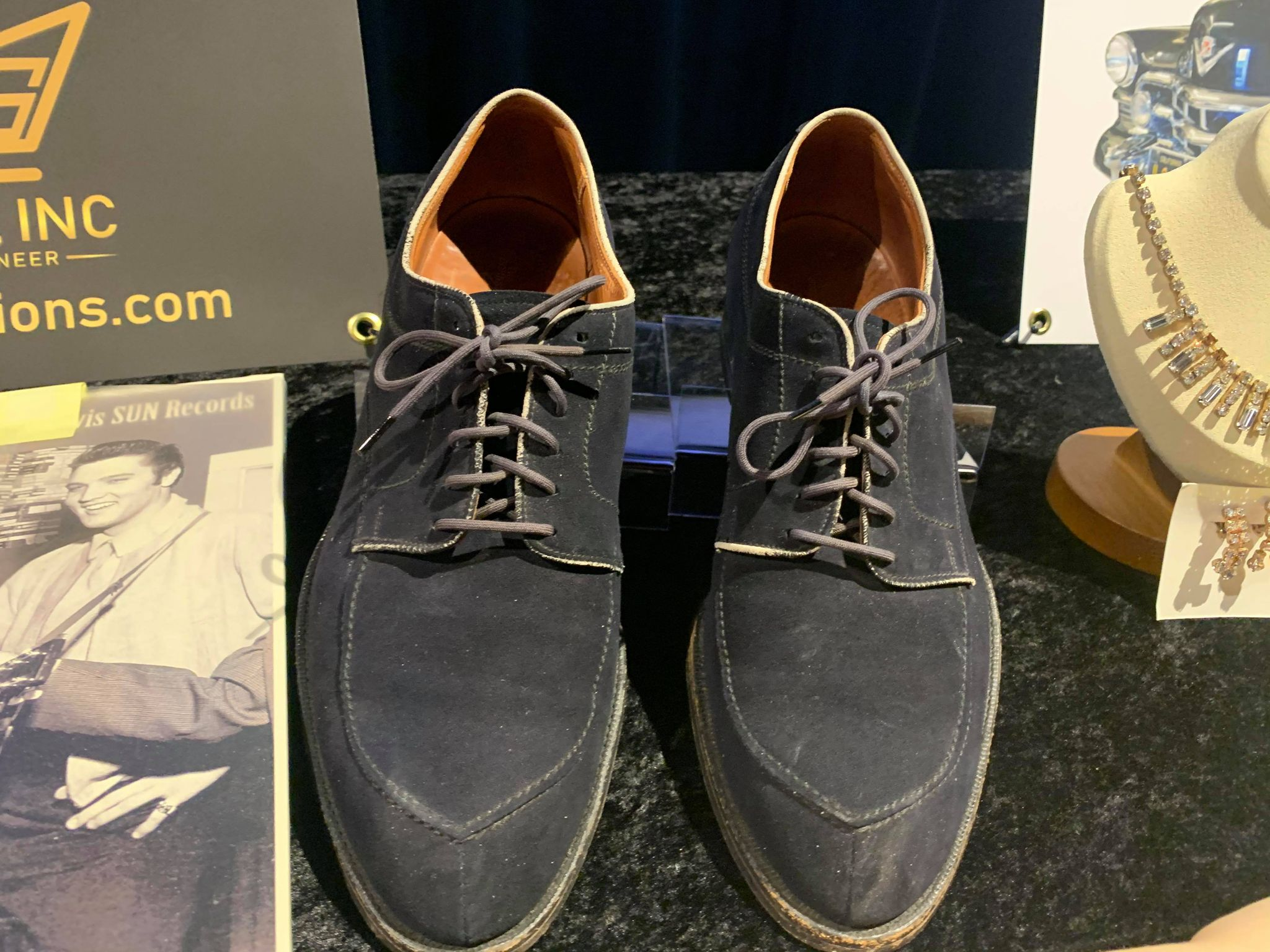 Kruse GWS Auctions: Carl Perkins Blue Suede Shoes