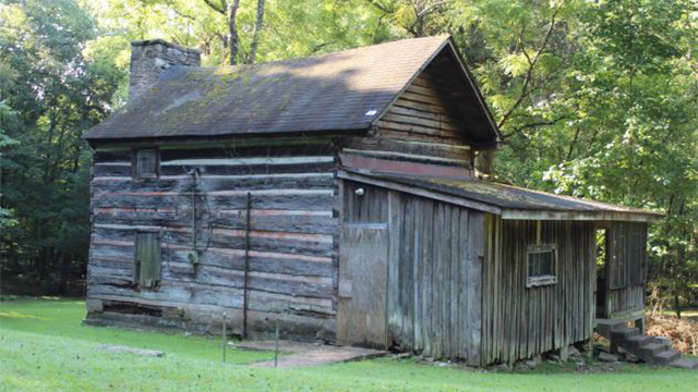 Lonesome, a log home built in 1820 in the Dickson County town of Burns