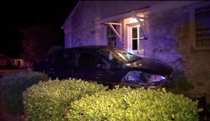 Franklin driver crashes into Battle Avenue home jpg?w=1280.