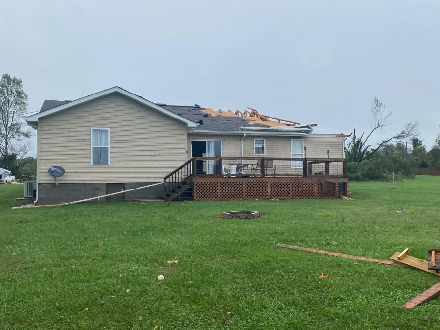 EF-1 Tornado damage in Crossville