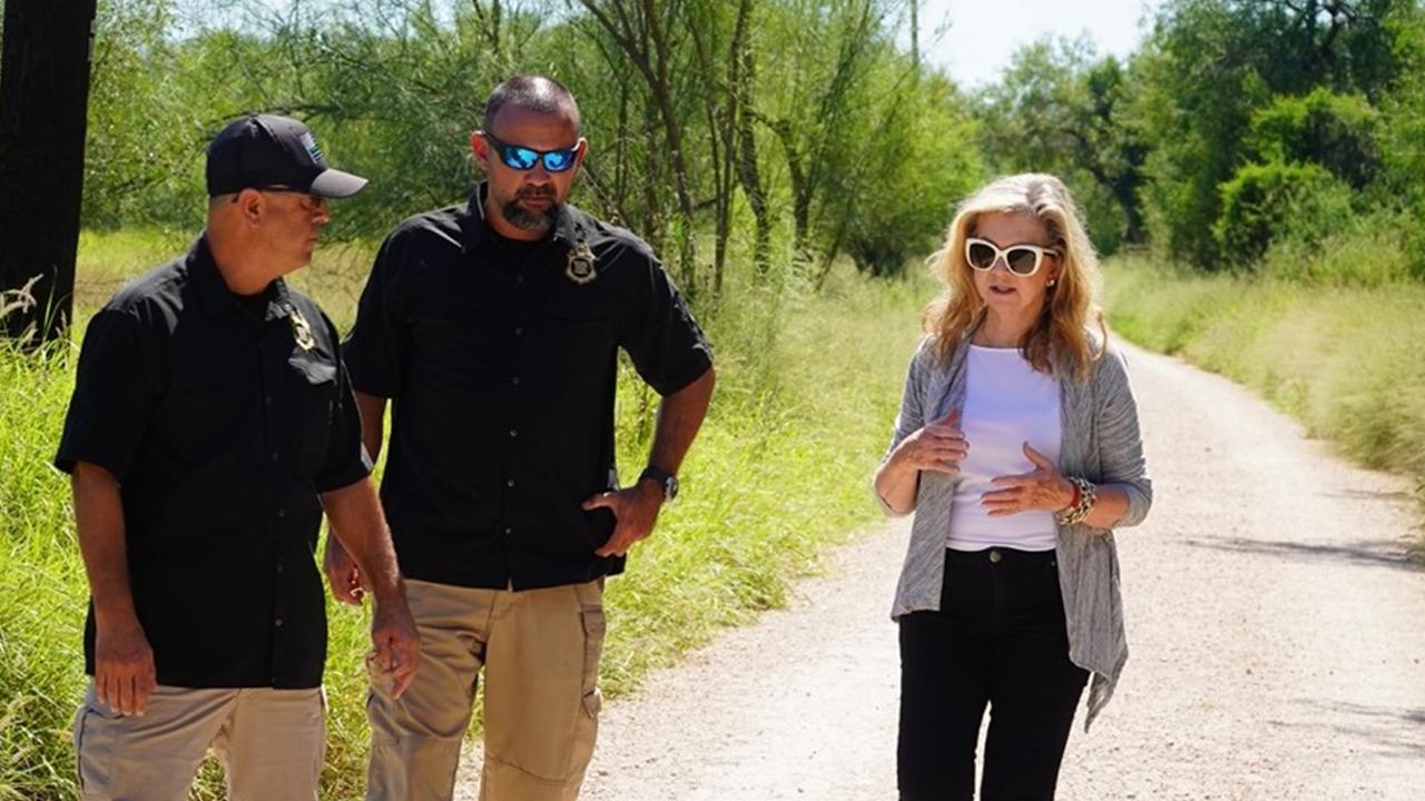 Sen. Marsha Blackburn with Border Patrol